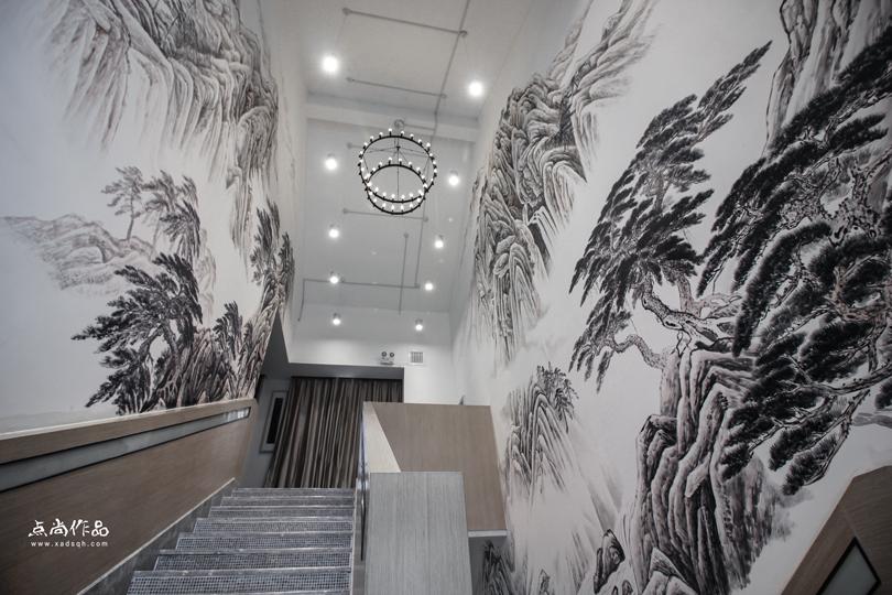 西安手绘墙注意事项     手绘墙结合了欧美的涂鸦,被众多前卫设计师